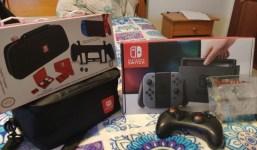 Nintendo Switch + Extras