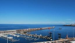 Casa en la zona de La Portada con vistas al mar y muchas posibilidades