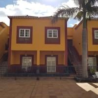 Se alquila apartamento en una buena urbanización de Breña Baja
