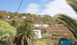 Casa de estilo canario rodeada de áreas verdes en Mirca, S/C de La Palma