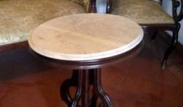 Antiguo conjunto isabelino sofá + 4 sillones y mesa