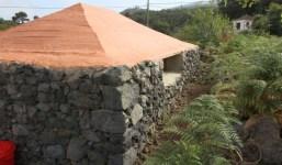 Se vende terreno con pajero en Breña Baja
