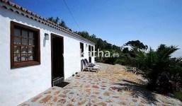 Casa canaria turística con jardín en Villa de Mazo