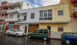 Casa unifamiliar de 2 plantas + azotea