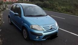Se vende para repuestos o arreglar Citroën C3