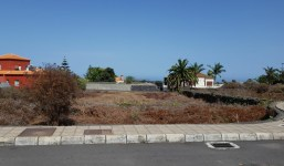 Interesante solar en la Urbanización Palmasol II