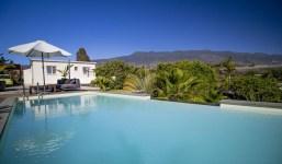 Moderno chalet con piscina en una zona tranquila en Todoque