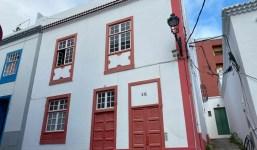 Gran casa histórica en buen estado