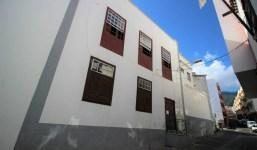 Casa con dos viviendas en el casco antiguo de Santa Cruz