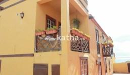 Gran casa estilo canario tradicional