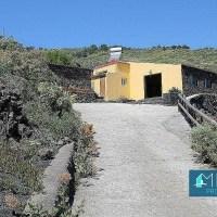 Casa de campo rodeada de áreas verdes y preciosas vistas en Fuencaliente