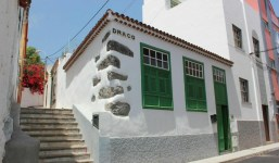 Casa reformada en el casco antiguo de Santa Cruz