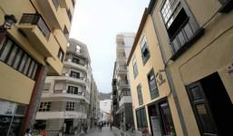 Amplio piso en la última planta Calle Real