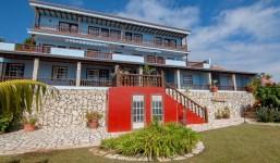 Complejo vacacional con 7 unidades y piscina en La Palma