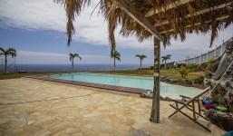 Casa con espectacular piscina en La Salemera