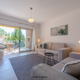 Luxury 2 bedroom apartment (4p) in Vale de Parra, Albufeira, nearby the beautiful beach of Galé and the well known Salgados golf course