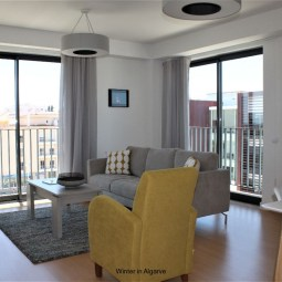 Fantastic 2 Bedroom, 2 Bathroom Apartment close to historical town centre