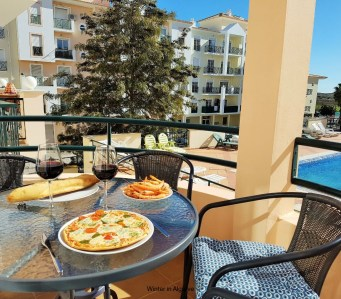 Nossa casa : 2 bedroom apartment with south-faced terrace and close to the sea