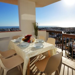 180° Sea views, Pool, 2 bedrooms and 2 balconies