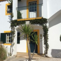 Beautiful townhouse in Carvoeiro, great location with sea view