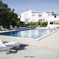 Casas do Ramalhete, 2 Bedroom ground-floor unit, with weekly cleaning service.