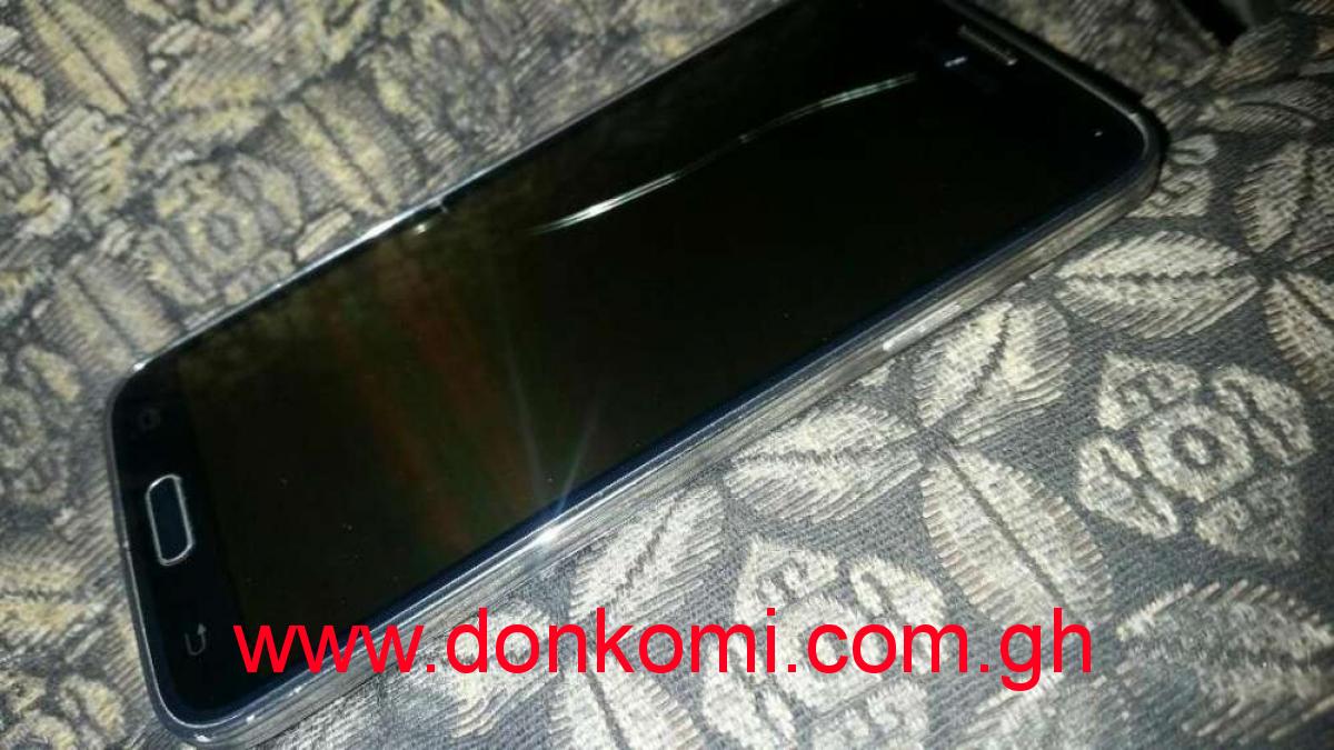 Motherboard-Samsung Galaxy S5