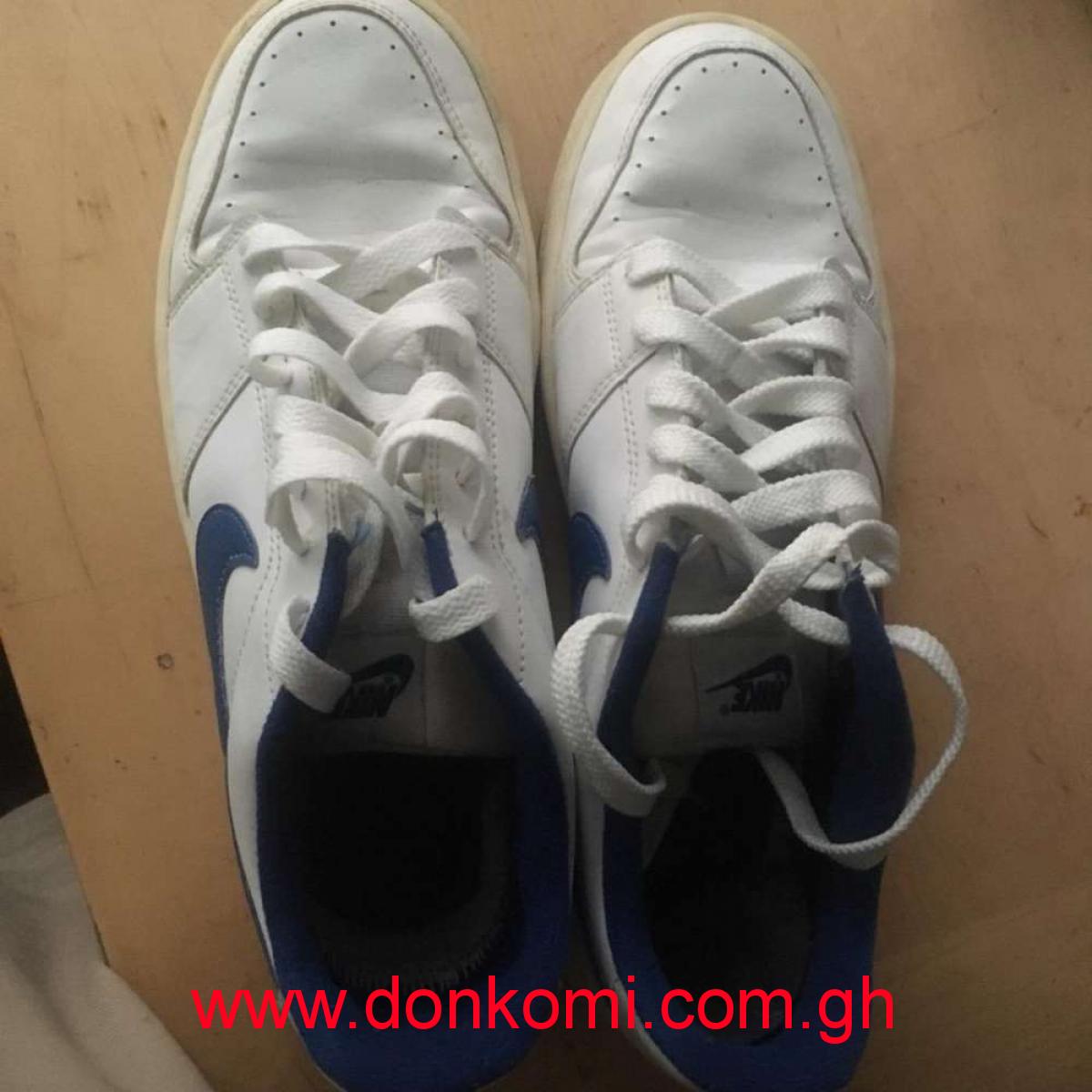 Nike footwear size 43