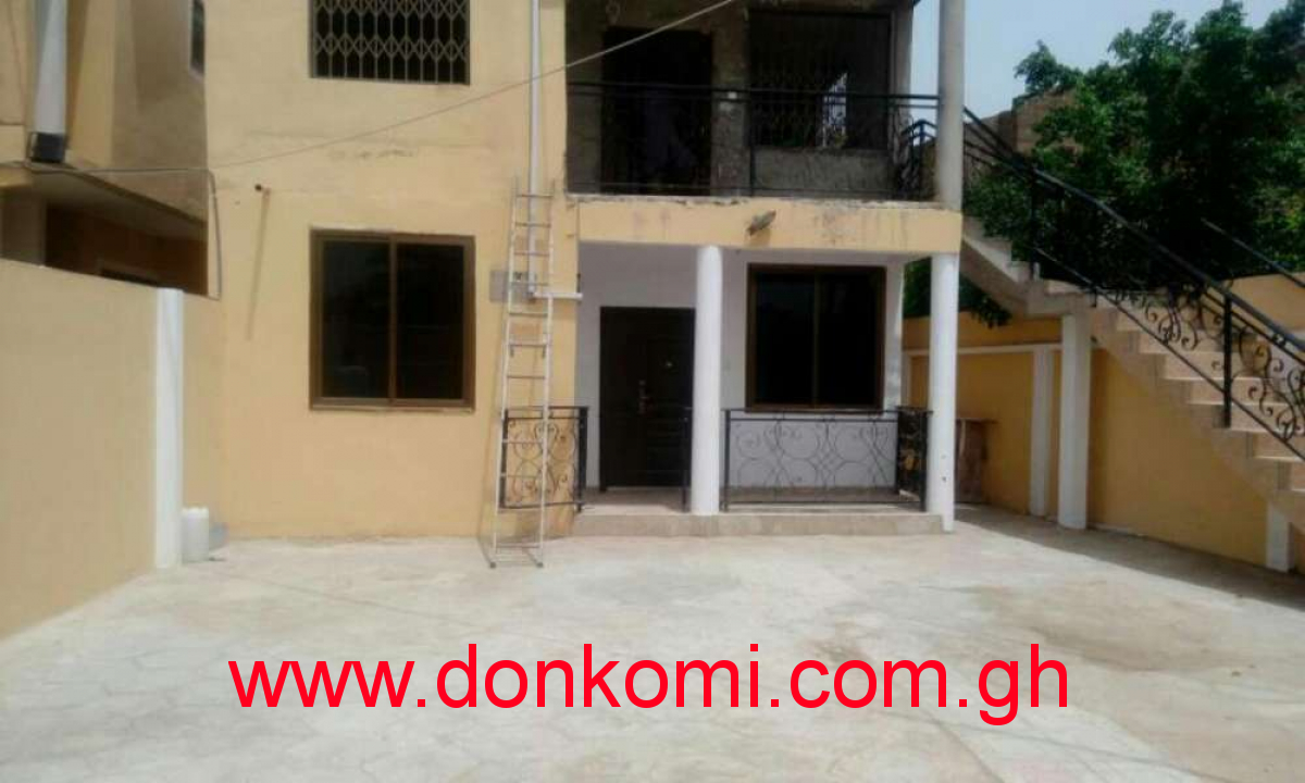 3bedrm  4wasrm for rent in spintex 1year