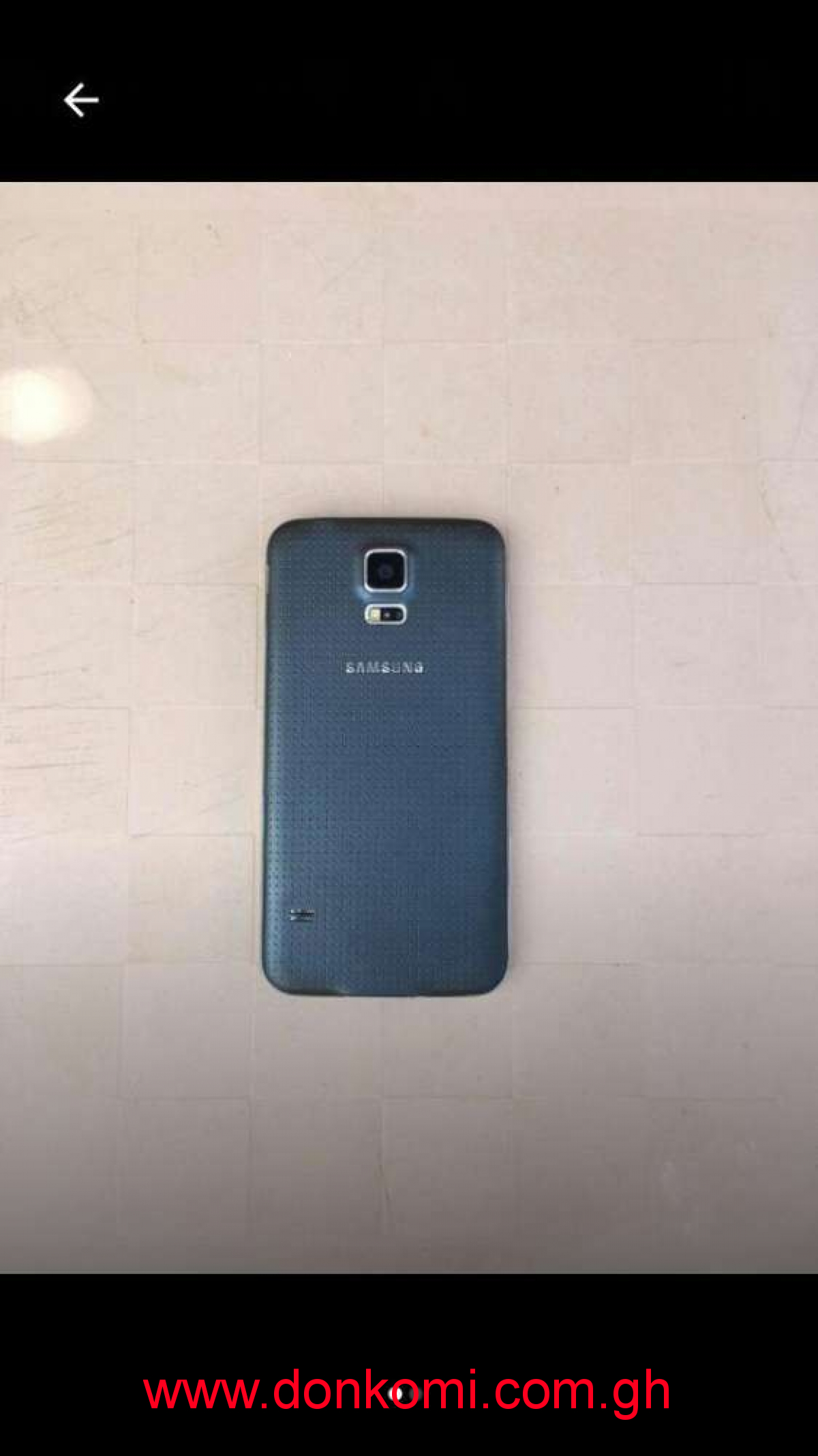 Original Galaxy S5, in good condition, very neat, made by Vietnam