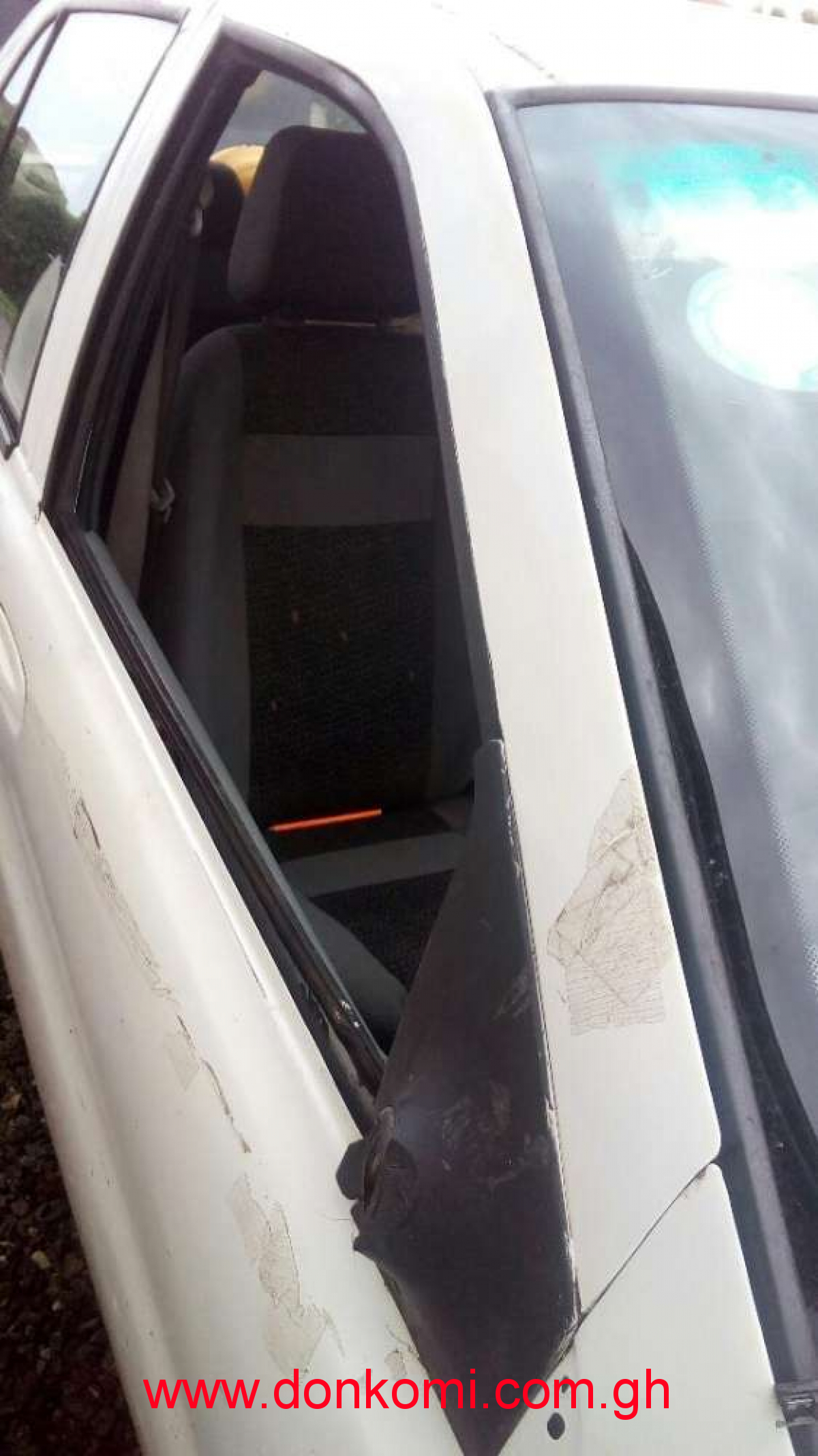 Am looking for Tata indigo front passenger side door or glass