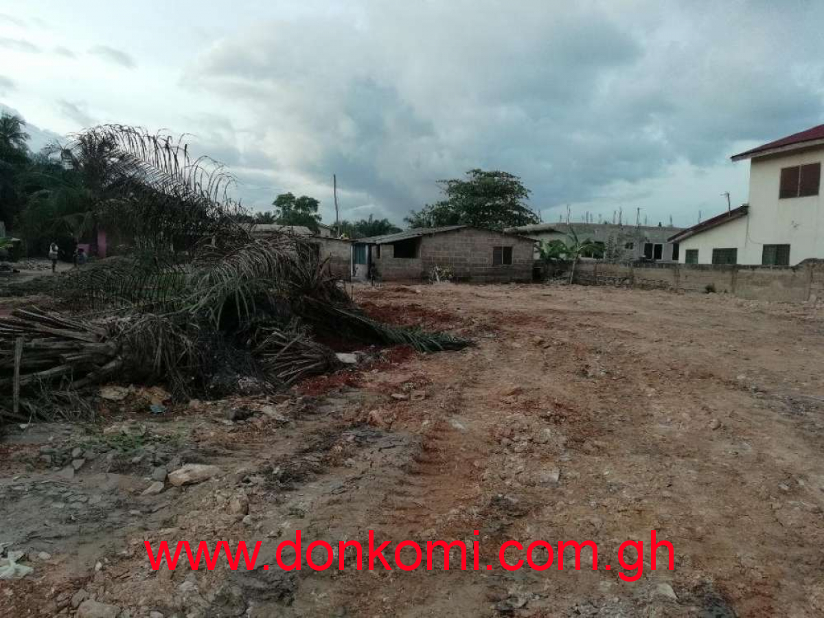 Registered Land 4 sale, Adenta SDA.