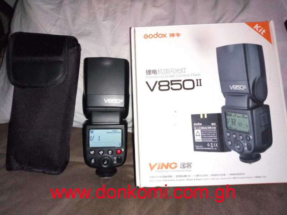 Brand New Godox V850II camera Flash