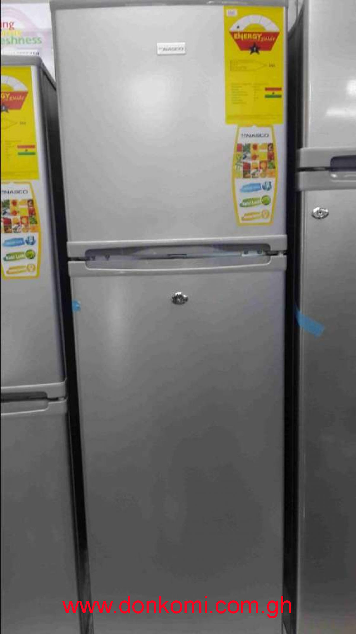 216 DF22 Fridge Botom Freezer Nasco