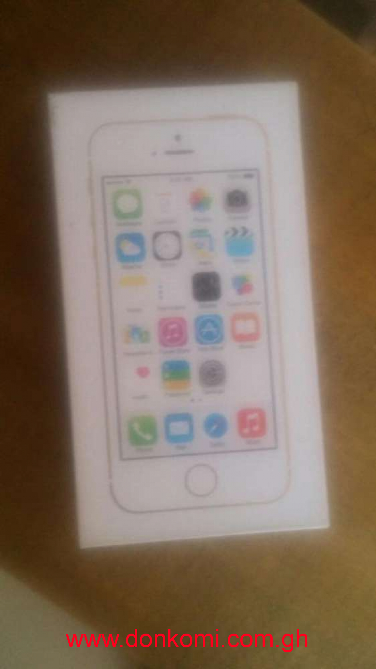 IPhone 5s 16gig original brand new flesh inbox sealed