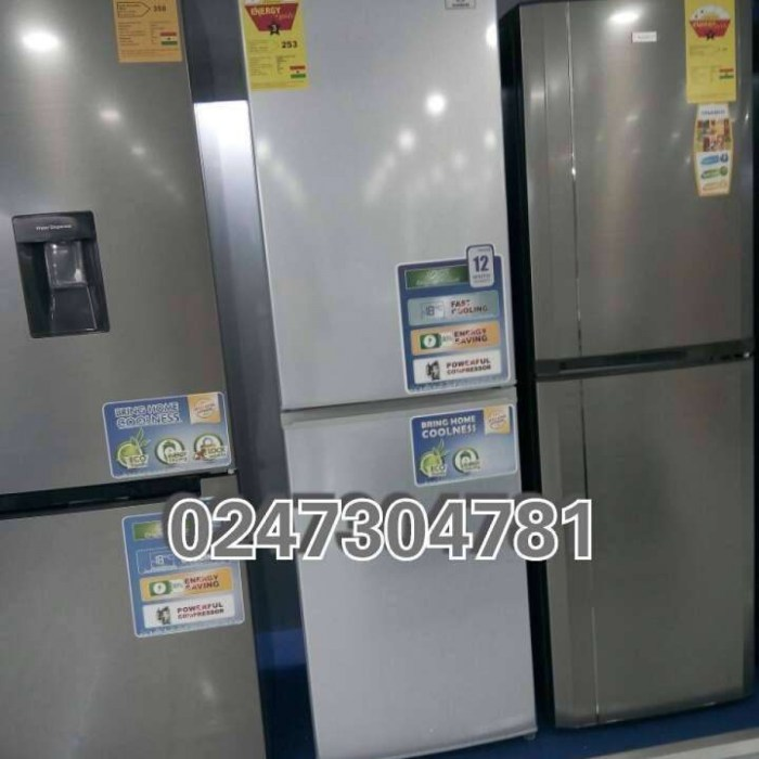 Nasco 360 L Fridge / Bottom Freezer