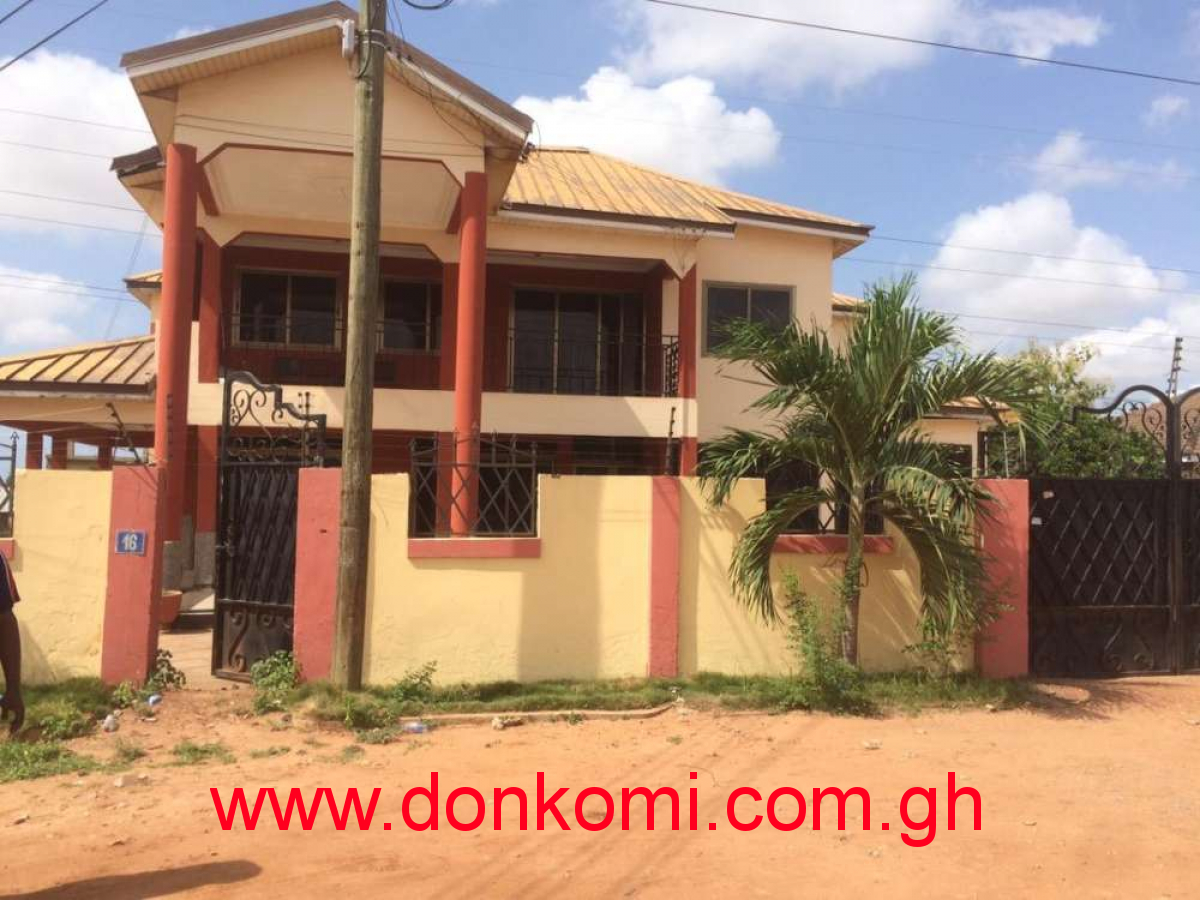 Single room self contained for rent