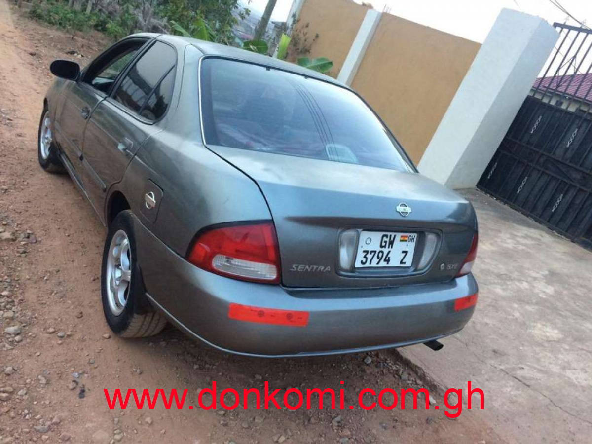 Nissan Sentra 1.6 liter engine very low fuel consumption