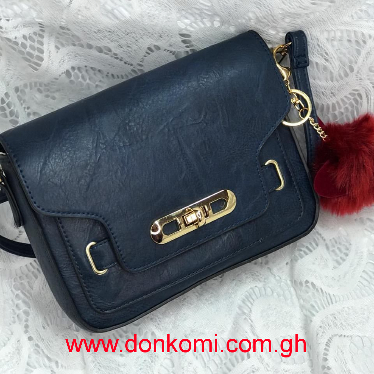 CUTE NAVY BLUE LEATHER BAG