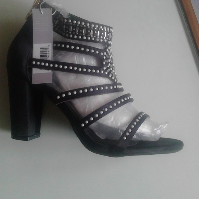 Designer block heels sz41 close