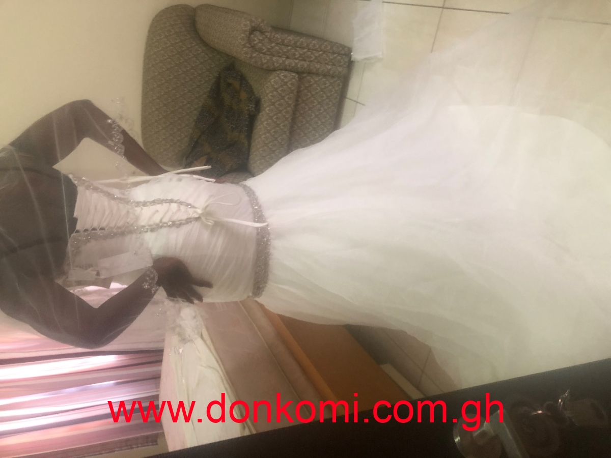 Lovely Mori Lee Wedding Gown with Accessories for Sale