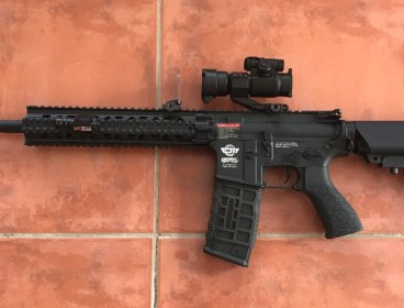 G&G CM16 R8-L AEG Rifle with red dot scope and attachments/accesories