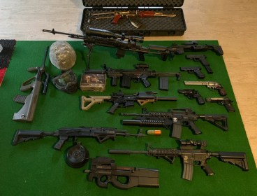 Various Airsoft Guns For Sale Mint Condition - Brand New