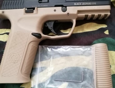 ICS BLE Airsoft GBB Pistol