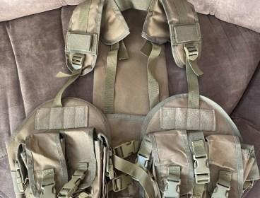 Assault Vest and K-way reservoir for sale.