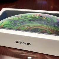 Apple iPhone XS MAX 512GB $500