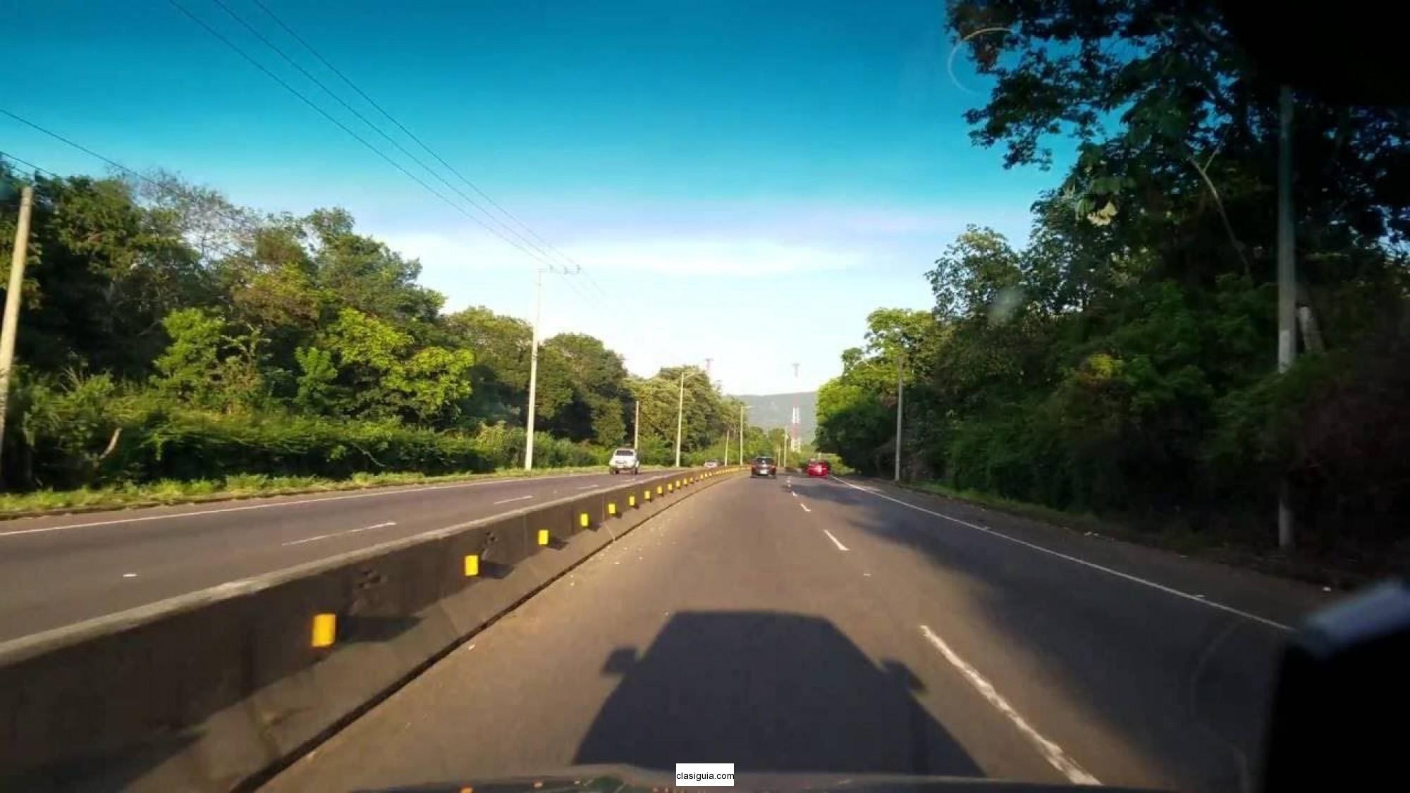 Vendo terreno 10 mzs  orilla carretera Panamericana Km58