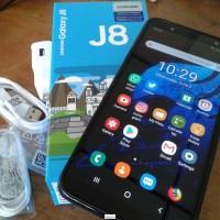 Samsung J8 64GB Dual SiM desbloqueado como nuevo y accesorios nuevos