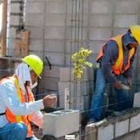 Servicios de construcción..Pintura de casas...Fontaneria