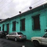 CASA GRANDE EN CENTRO DE SAN SALVADOR