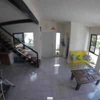 A moderna casa nueva en residencial privada